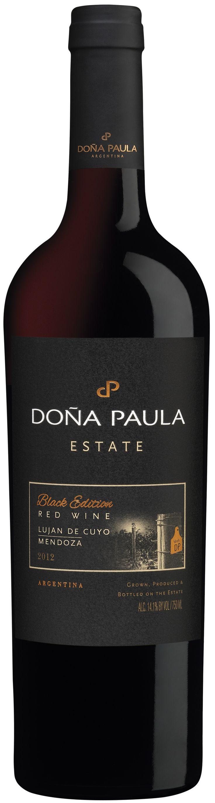 """""""Doña Paula Estate Black Edition"""" 60% Malbec / 5% Petit Verdot / 35% Cabernet Sauvignon 2014 - Bodega Doña Paula, Luján de Cuyo, Mendoza------------------------ Terroir: Ugarteche----------------Crianza: 12 meses en barricas de roble francés de 1er, 2do y 3er uso"""