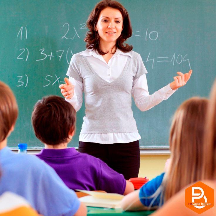 Bu hayatta hangi yolda nasıl ilerleyeceğimize dair bize ışık tutup, bilgileriyle bizleri aydınlatan tüm öğretmenlerimizin #ogretmenlergunu kutlu olsun