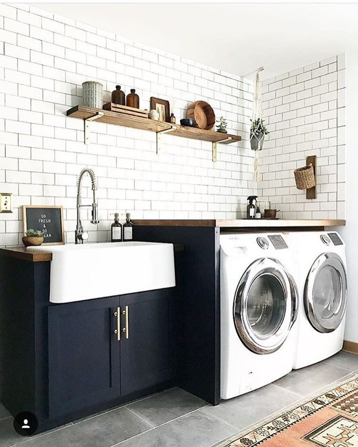 """Amber Lewis on Instagram: """"It's been a while since I peeped the #ambularinteriorsaintgotnothingonme feed and OMG you guys, so much talent!! This laundry room from @brepurposed instantly caught my eye, because... DUH, it's great and also because I currently am lusting for a laundry room in my own life!!! Our """"laundry room"""" is the nasty garage and until we add one on, it's all I got. Keep the posts coming and I promise to repost my faves more!!"""""""