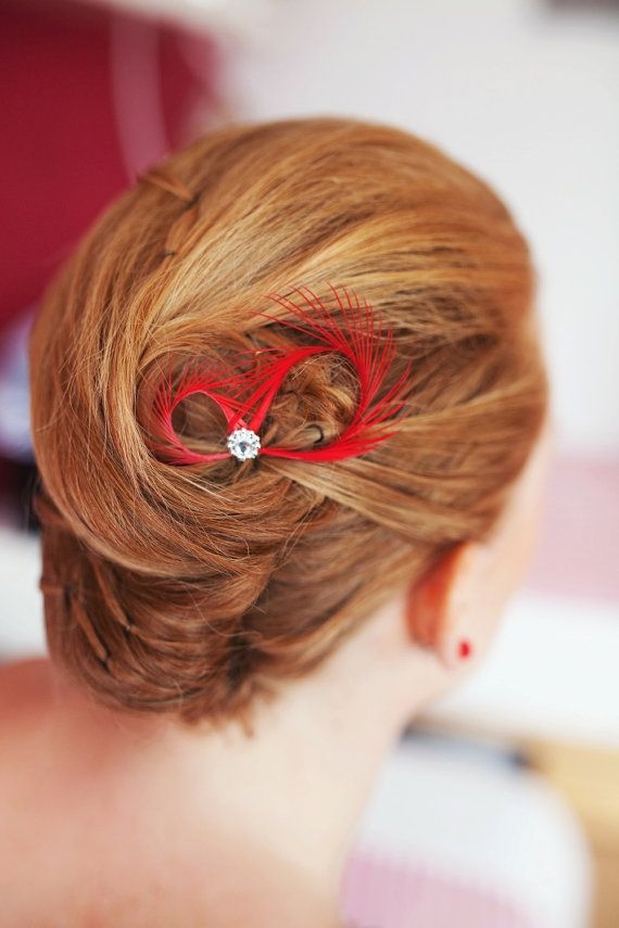 Red hair pins created with red feathers, adorned with tiny flower beads, a whimsical gift for you and your loved ones.