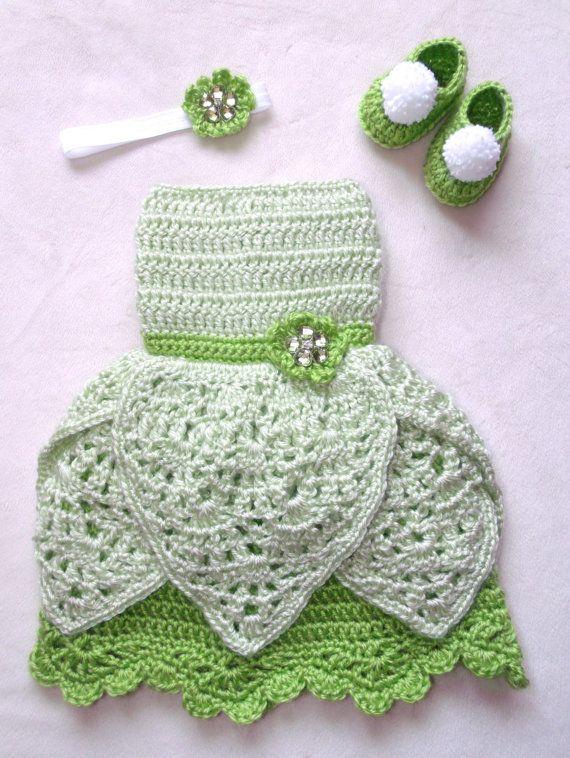 crochet Disney's Tinkerbell inspired princess by momscrochetcorner