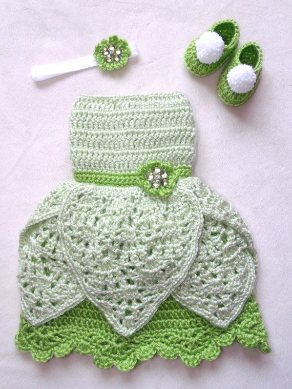 crochet Disney's Tinkerbell inspired princess by momscrochetcorner