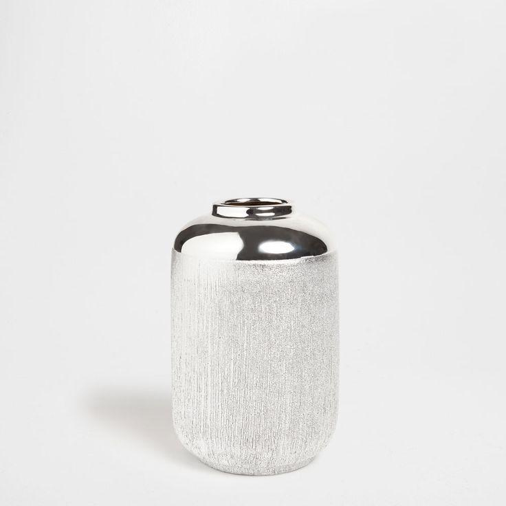 Ваза цилиндрическая из керамики в полоску