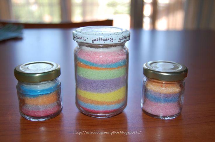 Tante piccole idee realizzate: Sale e sabbia colorati