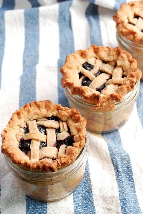 pie in a jar: Idea, Sweet, In A Jar, Food, Lattice Top Blueberry, Recipes, Blueberries, Mason Jars, Blueberry Pies