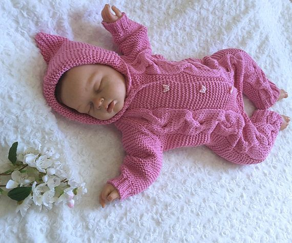 Pink knit baby romper. Hand knitted romper. Knitted baby