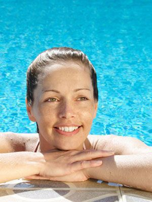 How to Repair Chlorine-Damaged Hair Get tips and tricks for keeping your mane free of pool chemicals Read more: How to Get Chlorine Out of Your Hair - Prevent Chlorine Damage - Woman's Day