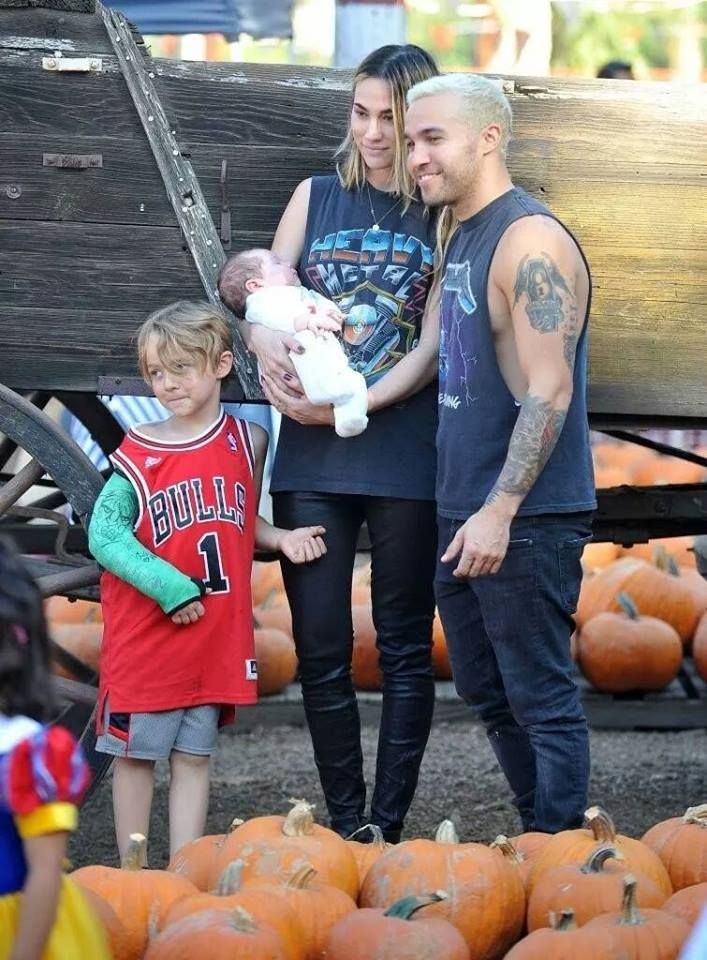 Wentz Family I love them they are a perfect couple ❤️❤️❤️