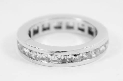Sortija oro blanco y circonitas, joyas para novias, joyas en oro blanco joyas para