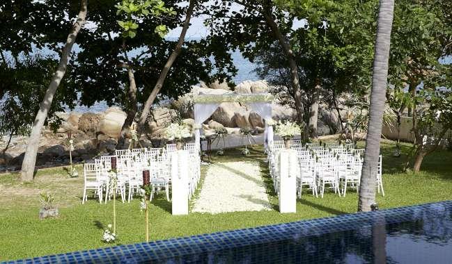 Classic garden ceremony set up at Pawanthorn Luxury Villas.   #weddingsinthailand #beachweddings #farawayweddings #thailand