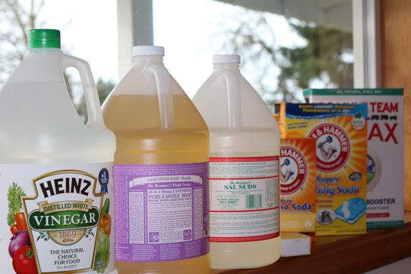 The only 7 ingredients needed for DIY household cleaners