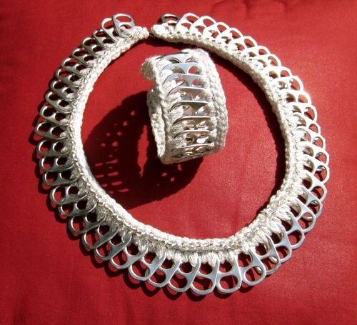Pull Tab Necklace & Bracelet Crocheted with Sparkly Silver Yarn
