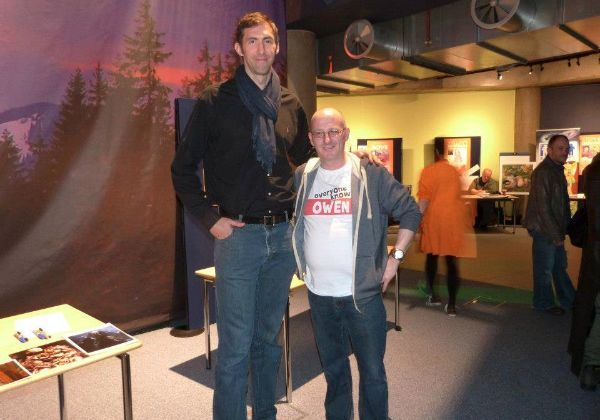 What Do 'Game Of Thrones' Stars Look Like In Normal Life? (Wun Weg Wun Dar Wun) Ian Whyte (The former basketball player and current stuntman is perfect to play a giant as he stands at 7'1″. The super tall actor is best known for playing the giant in Game of Thrones.)