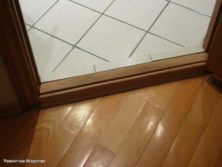 Порог в ванной комнате    Нужен ли порог в ванной комнате? Сказать, что этот вопрос очень важен в ремонте, значит ничего не сказать. Ведь наличие или отсутствие порога, влечет за собой вопрос по высоте дверного проема.    Как влияет порог в ванной на установку двери?    Для установки двери требуется определенная высота. Вычисляется она следующим образом. Скажем, вы решили установить дверь. Длина дверного полотна составляет 2 метра. Прибавьте сюда толщину дверного короба 3 см., пространство…