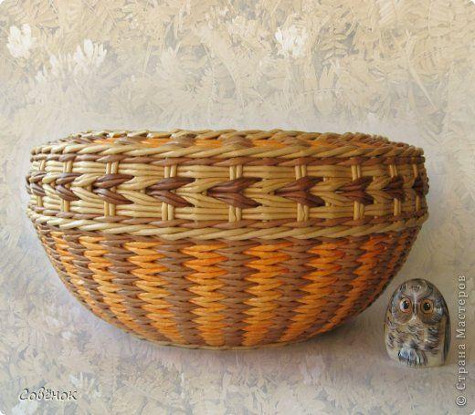 Поделка изделие Плетение Весенние поплетушки Бумага газетная Трубочки бумажные фото 2