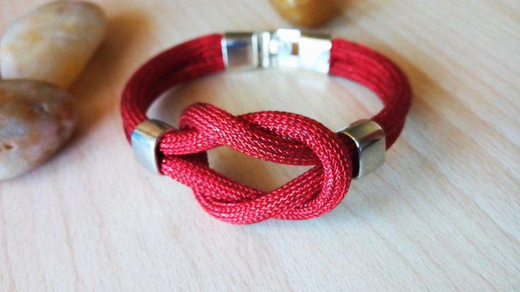 Red cord Celtic knot mens bracelet/Mens Knit Cord Bracelet/Bracciale uomo nodo celtico/Bracciale uomo intrecciato/Bracciale uomo rosso nodo di Athiss su Etsy