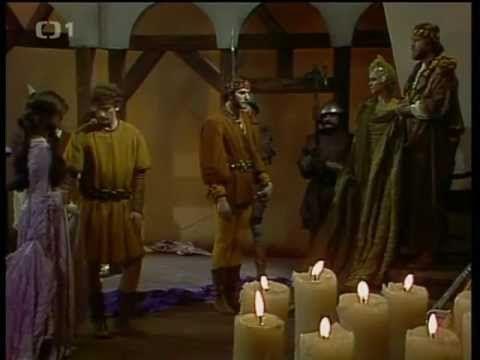 Černovláska (1988) - YouTube