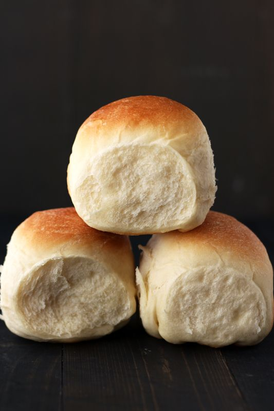 Ultimate Dinner Rolls - a simple recipe that makes big, round, soft, and fluffy rolls!