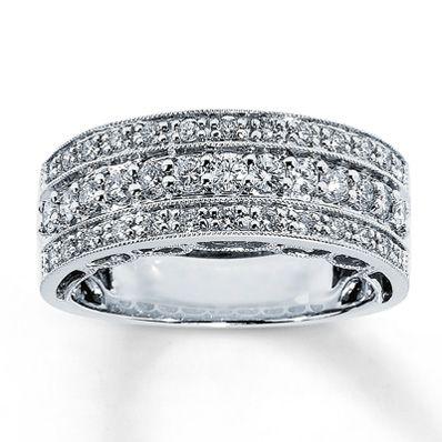 14K White Gold ¾ Carat t.w. Diamond Anniversary Ring