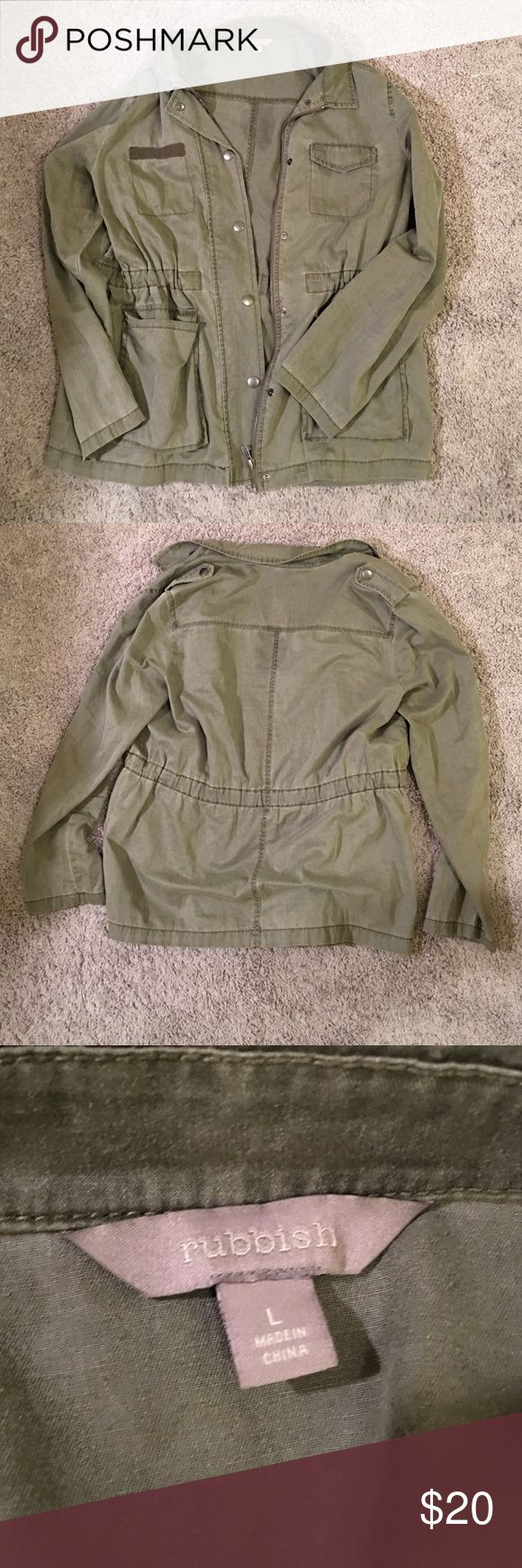 Women's utility jacket Women's green utility jacket. Lightly worn. Size L. Zip up with a draw string in the inside. Rubbish Jackets & Coats Utility Jackets