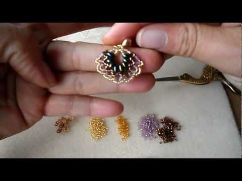 PENDIENTES CON DELICAS Y TWIN BEAD - YouTube. Delica and twin beads earrings free tutorial.