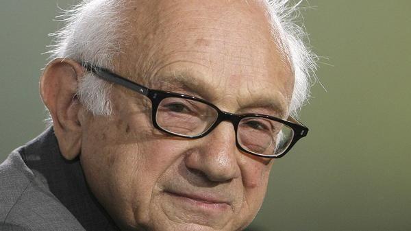 """Historiker Fritz Stern im Interview """"Wir stehen vor einem Zeitalter der Angst""""  Der amerikanische Historiker und Schriftsteller Fritz Stern. Foto: dpa"""