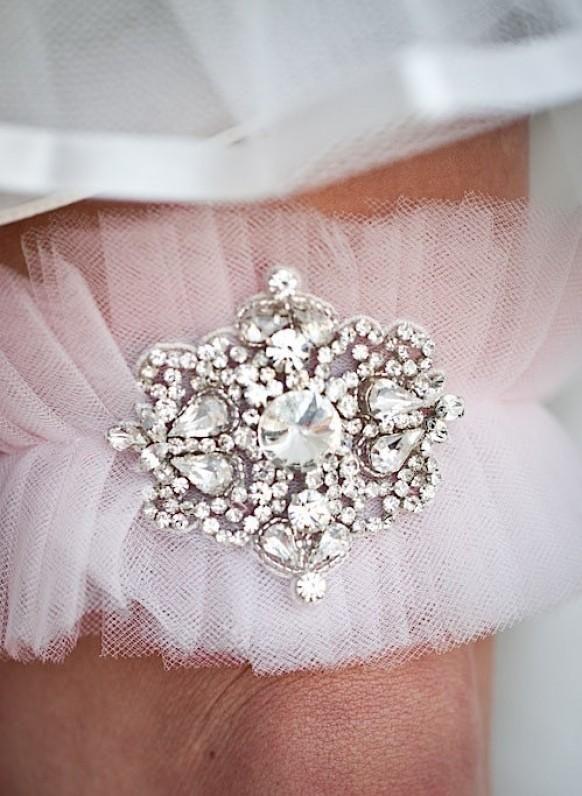 Vintage Wedding Garters | wedding-so-pretty.jpg