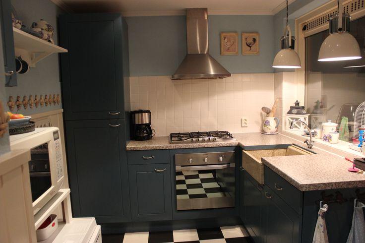 keuken in Petrol blauw