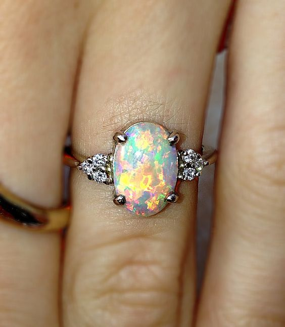 We can't get over this opal ring, there really is nothing like it! Are you considering a colored engagement ring and looking for some inspiration? Check out our blog for more ideas!