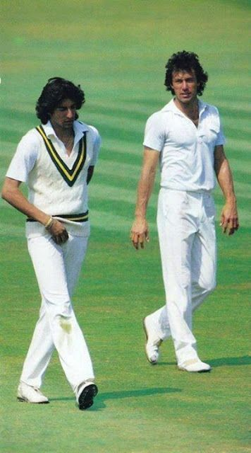Cricpix: Two Great Legends of Pakistan Cricket, Imran Khan and Wasim Akram. A memorable Picture