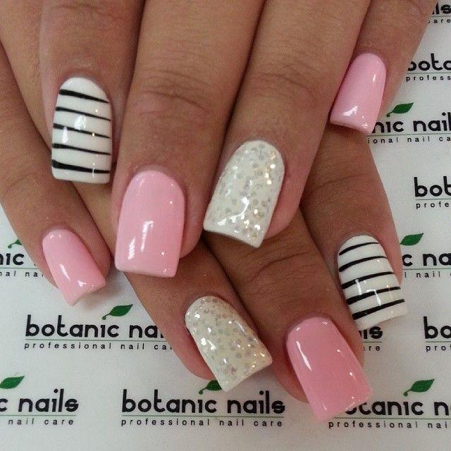 Pink nails - white and black stripe ring finger