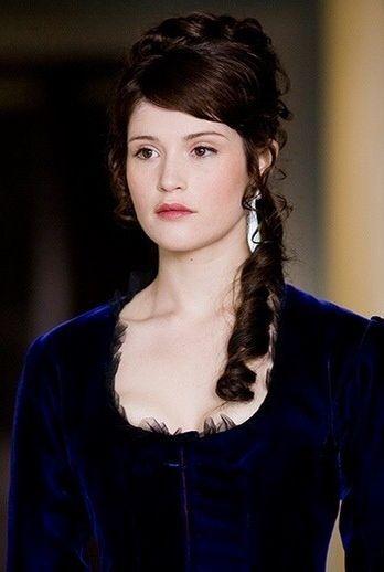 Tess Durbeyfield - Gemma Arterton in Tess of the D'Urbervilles, set in the 1870s (TV mini-series 2008).