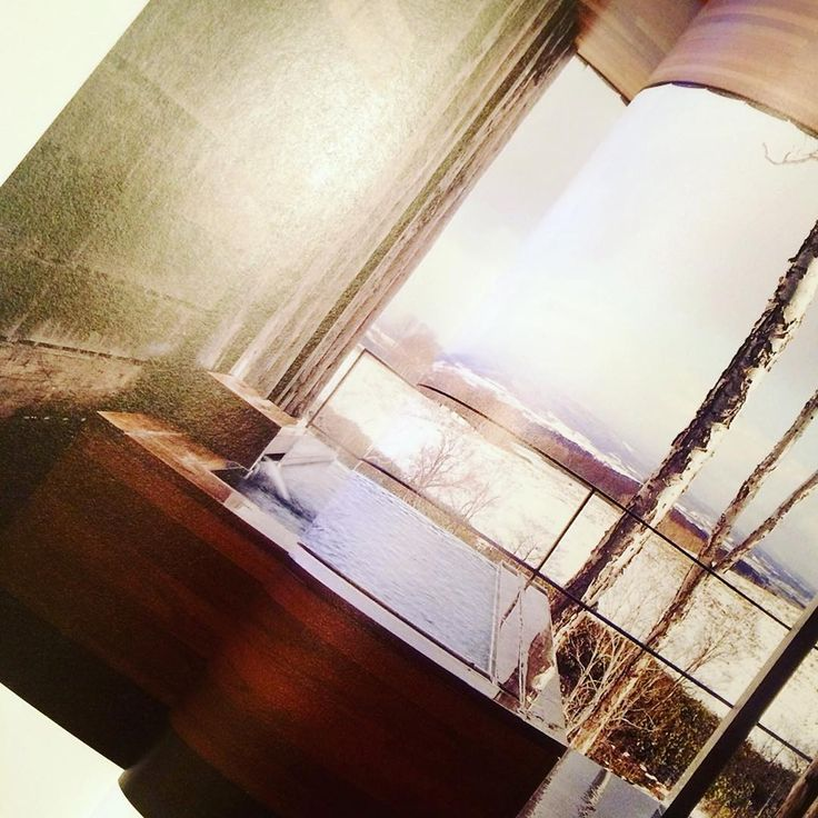 温泉旅館設計中につき、  共同設計者である巨匠から、たくさんの参考雑誌を渡される。  読みふける。  たくさん旅行してる気分になる笑  #旅館設計  #温泉旅館  #conforto   #コンフォルト  #建築雑誌  #坐忘林  #妄想で温泉巡り  #かっこいい温泉旅館 | zaborin.com   posted by kihha_5