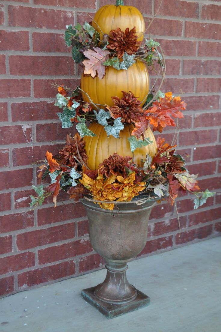 Best 25 Pumpkin topiary ideas on Pinterest  Fall topiaries Happy fall yall pumpkin and Happy