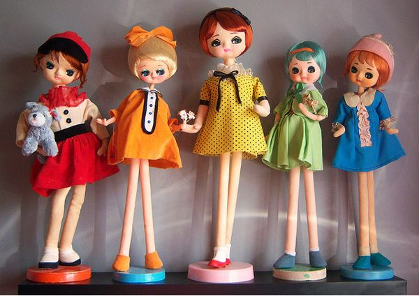 Japanese pose dolls.
