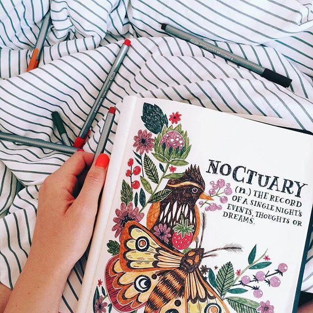 Sketchbook + bed + coffee + sunshine = happy lil Steph ☺️ #illustration #handlettering #handdrawntype #botanicalillustration