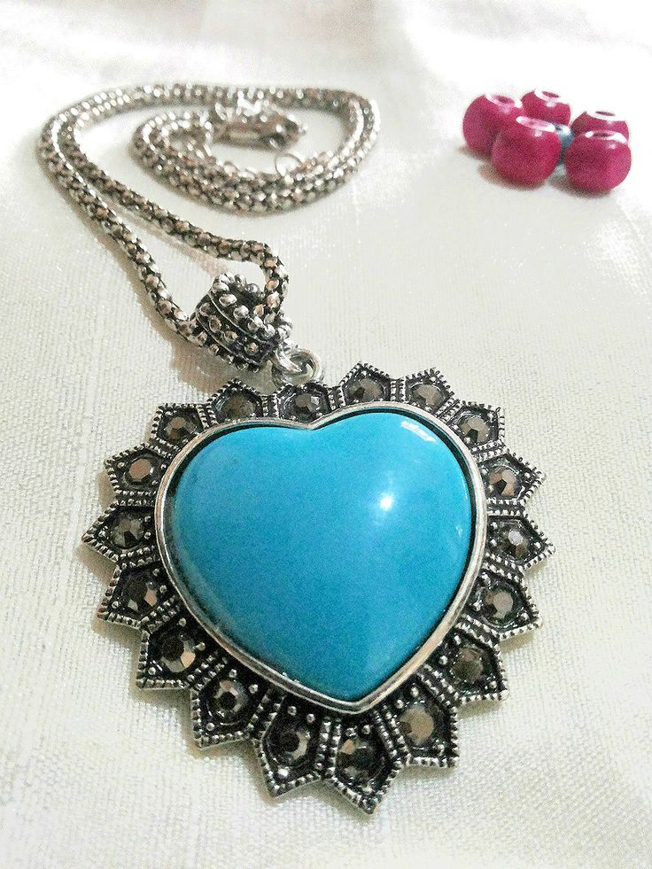Check out this chick looking Turquoise pendant + chain in Silver finish only for Rs 249 - Free Shipping  For more details, visit http://www.flea91.com/Pendant/Blue-Pendant-with-Chain-id-654862.html