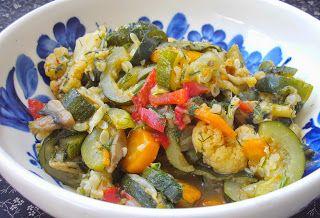 W Mojej Kuchni Lubię.. : gulasz z warzyw i pieczarek...