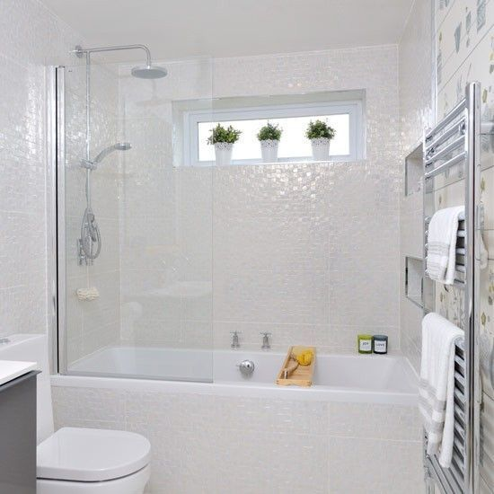 Best 25 small white bathrooms ideas on pinterest small for Small bathroom designs uk