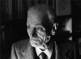 Giorgio Caproni, Ecrivain en vers plutôt que poète