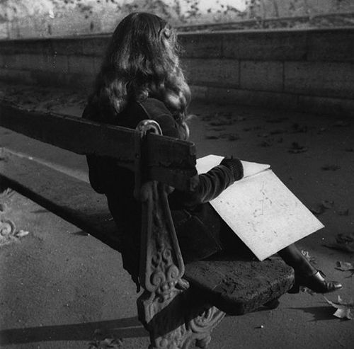 edouard boubat, lella in paris, 1950  posted by/ thanks towonderfulambiguity