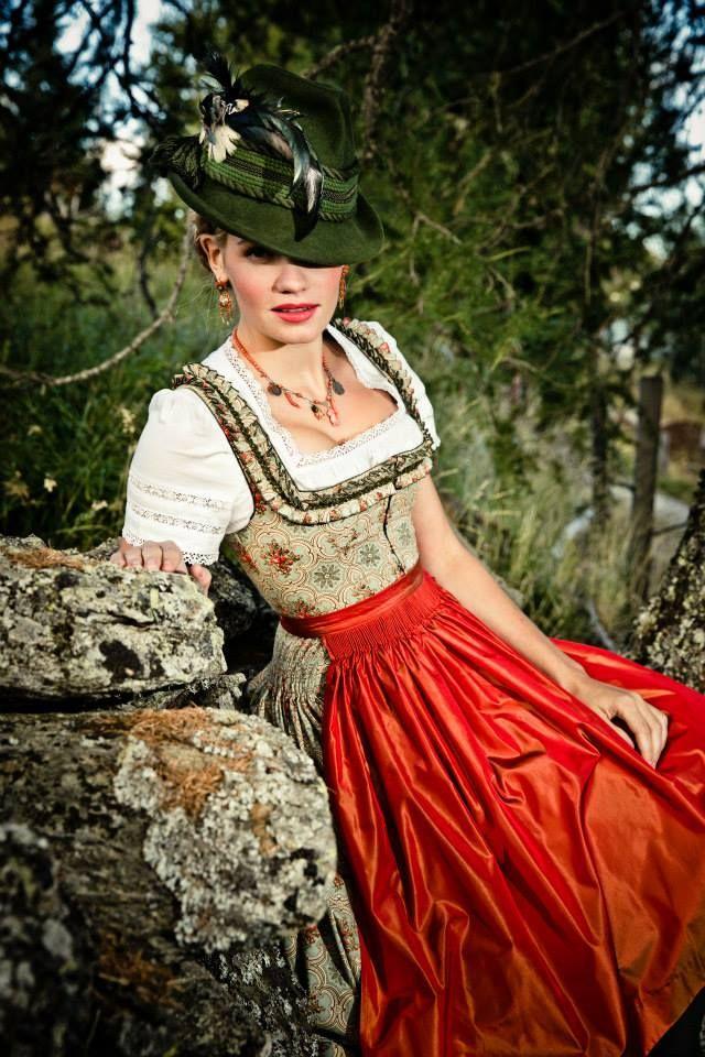 Dirndl Marika Lena Hoschek Tradition