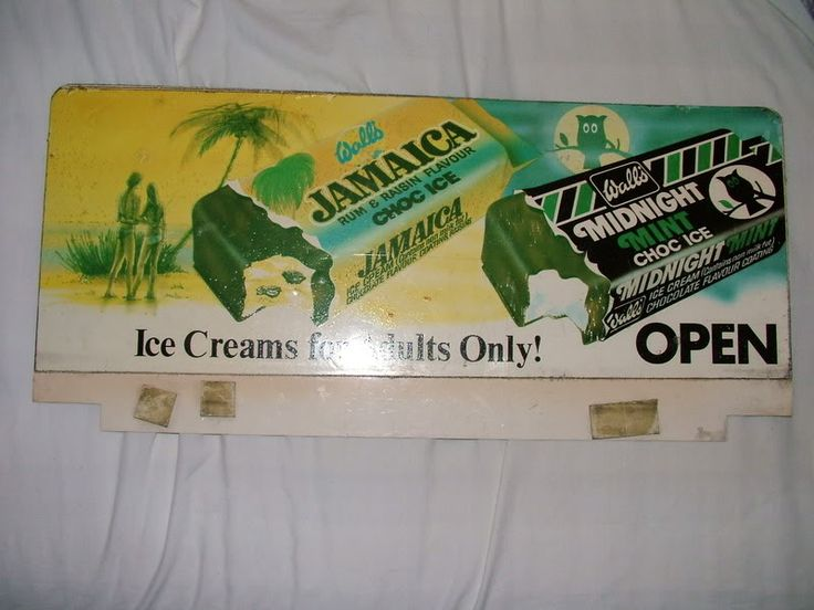 My fave choc ice as a kid - Midnight Mint. The ice cream equivalent of the After Eight. It was, well, mint!