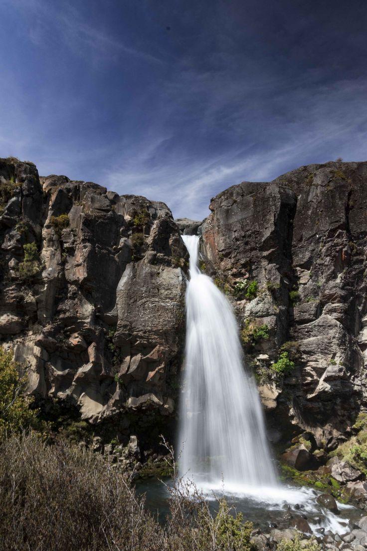 Tama lake waterfall, New Zealand, Ozeanien, travel, lake, view, sun, hiking, walking, wandern