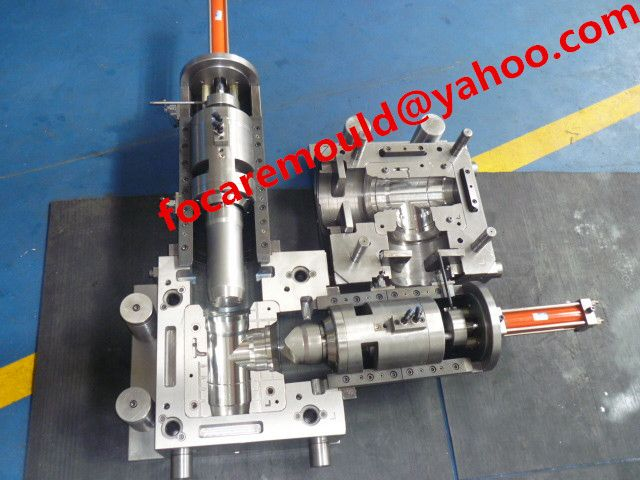 PVC tee mold collapsible   #PVCmold #fittingmold #chinamold