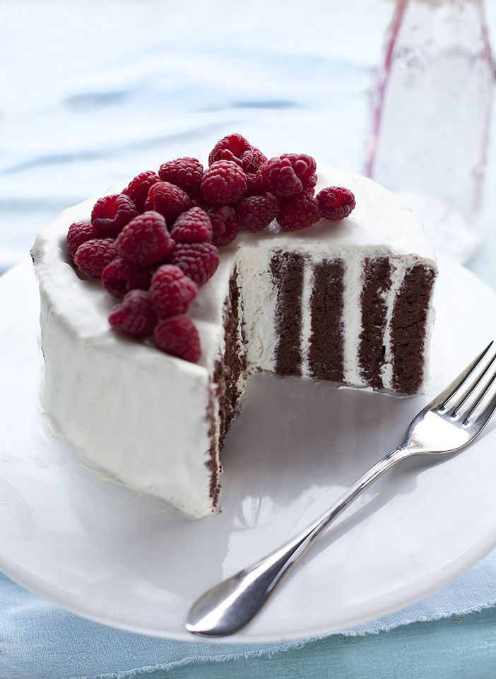 COCOA TORTA with MASCARPONE CREAM FROSTING & RASPBERRIES [dolcevitablog]