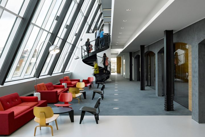 Hill + Knowlton Strategies office by BDG architecture + design, London – UK