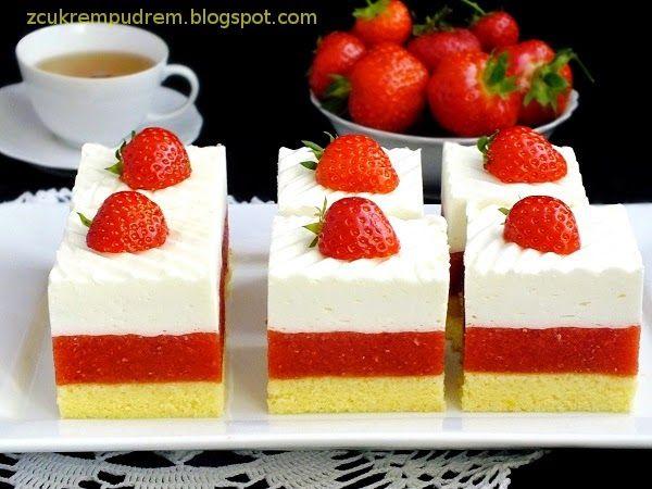 z cukrem pudrem: ciasto truskawkowe Irmy