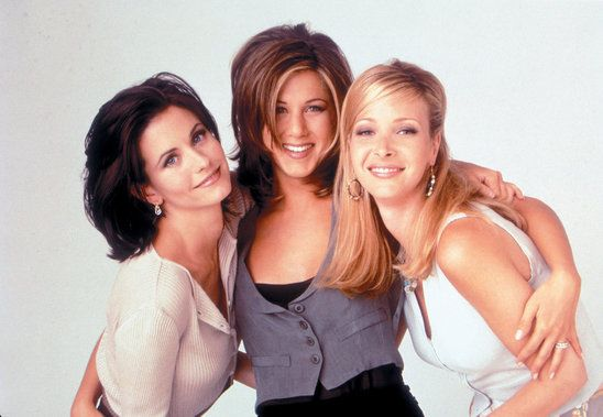famous girl trio from friends  Courtney Cox, Jennifer Anistan, Lisa Kudrow