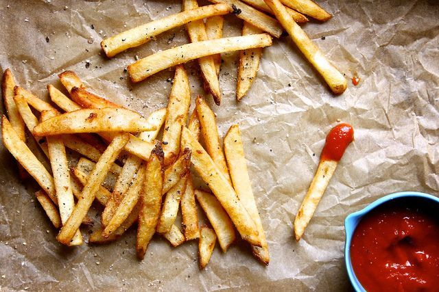 The Secret To Getting Restaurant-Style French Fries At Home #refinery29  http://www.refinery29.com/joy-the-baker/81